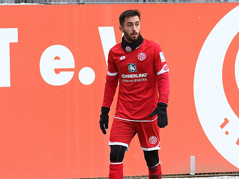 YUNUS MALLI MAINZ 05- MAINZ 05 II TRAININGSASPIEL MAINZ PUBLICATIONxNOTxINxUSA Yunus Malli Mainz 05 Mainz 05 II TRAININGSASPIEL Mainz PUBLICATIONxNOTxINxUSA