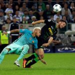 MOENCHENGLADBACH, GERMANY - SEPTEMBER 28 : Julian Korb (R) of Moenchengladbach challenges with Neymar of Barcelona during the UEFA Champions League group C soccer match between Borussia Moenchengladbach and FC Barcelona at the Borussia Park stadium in Moenchengladbach, Germany on September 28, 2016. Ina Fassbender / Anadolu Agency |
