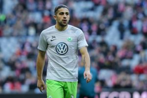 MUNICH, GERMANY - DECEMBER 10: Ricardo Rodriguez of Wolfsburg looks on during the Bundesliga match between Bayern Muenchen and VfL Wolfsburg at Allianz Arena on December 10, 2016 in Munich, Germany. (Photo by TF-Images/Getty Images)