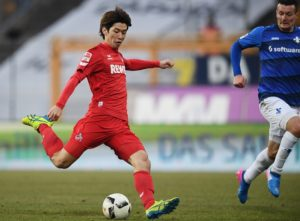 DARMSTADT, GERMANY - JANUARY 28: Yuya Osako of Koeln scores his team's fourth goal during the Bundesliga match between SV Darmstadt 98 and 1. FC Koeln at Stadion am Boellenfalltor on January 28, 2017 in Darmstadt, Germany.  (Photo by Matthias Hangst/Bongarts/Getty Images)