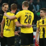 22.04.2017, xkvx, Fussball 1.Bundesliga, Borussia Moenchengladbach - Borussia Dortmund, emspor, v.l. Borussia Dortmund Spieler feiern, jubel / Borussia Moenchengladbach Spieler enttaeuscht, enttaeuscht schauend, dissapointed / Trainer Thomas Tuchel (BVB Borussia Dortmund), Erik Durm (BVB Borussia Dortmund), Matthias Ginter (BVB Borussia Dortmund) Moenchengladbach  22 04 2017 xkvx Football 1 Bundesliga Borussia Moenchengladbach Borussia Dortmund emspor v l Borussia Dortmund Players celebrate cheering Borussia Moenchengladbach Players DISAPPOINTED DISAPPOINTED looking dissapointed team manager Thomas Tuchel Borussia Borussia Dortmund Erik Durm Borussia Borussia Dortmund Matthias Ginter Borussia Borussia Dortmund Moenchengladbach